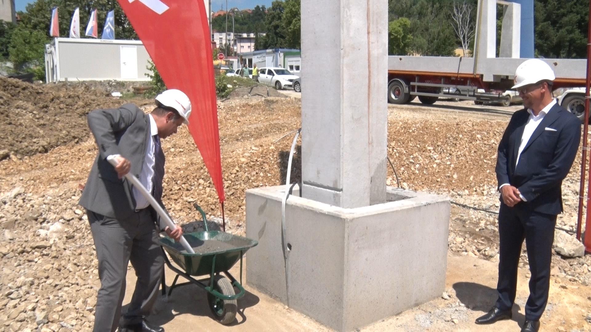 Polozen Kamen Temeljac Za Izgranju Prvog Soping Centra U Uzicu
